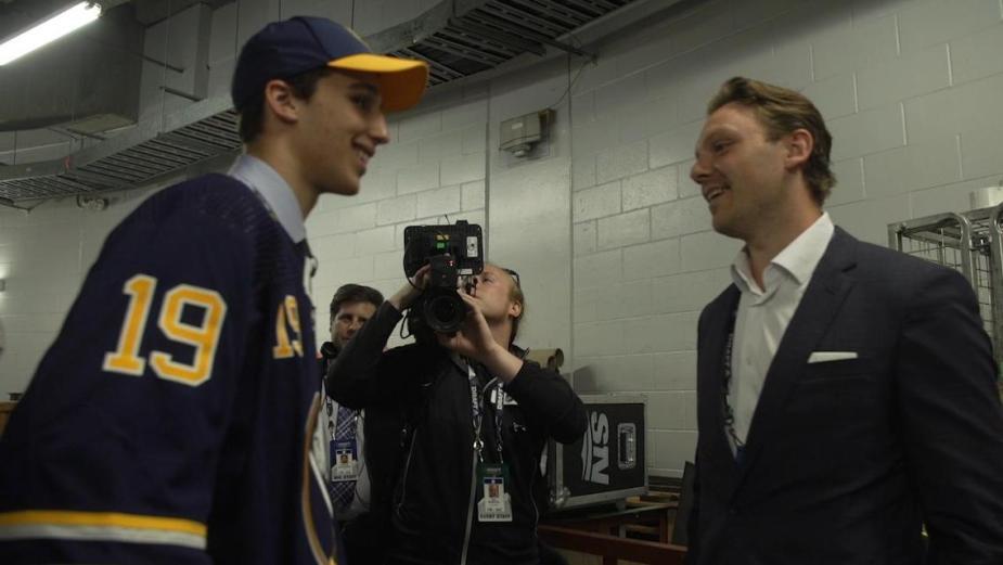 Dylan Cozens meets Sam Reinhart | NHL.com