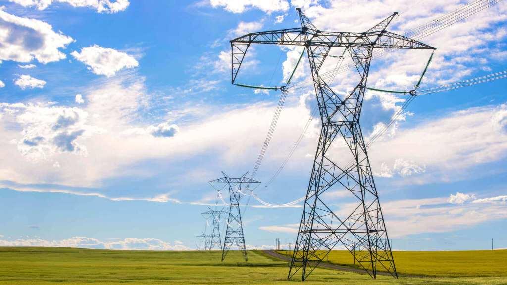 Campo de líneas eléctricas