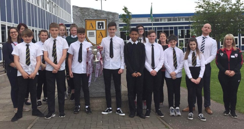 MAIN Arbroath pupils supporting a tobacco-free future