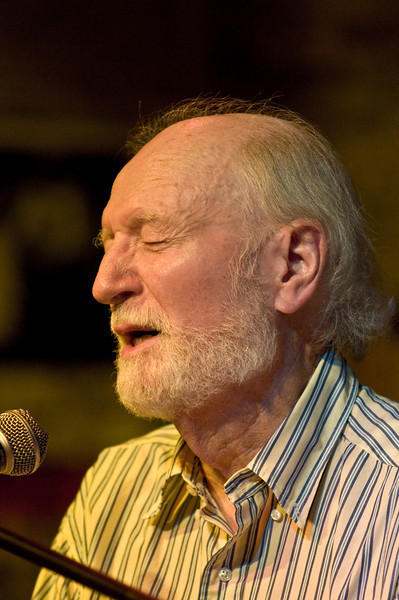Mose Allison – who virtually never opened his eyes during the set – at Ground Zero