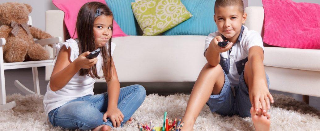 kids see smartphone TV-н зурган илэрц