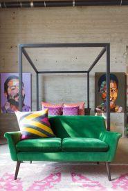 http://thetailife.com/bedroom-decorating-tricks/