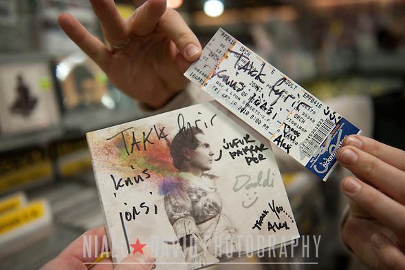 Jonsi In-Store Amoeba Records San Francisco California Niall-David-Photography-1416