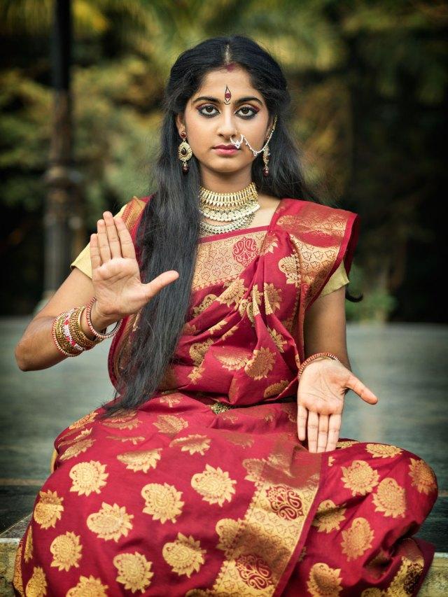 sari-girl