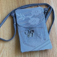 Lányos Tessa Cell Phone Bag - Designin' Denim Collection!