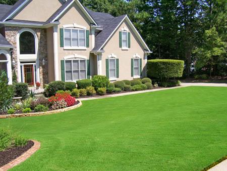 Front Yard Landscaping   Nice Green & Beautiful ... on Nice Backyard Landscaping Ideas id=48974