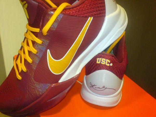 online store 4c425 de28d ... Nike Zoom Kobe V - USC