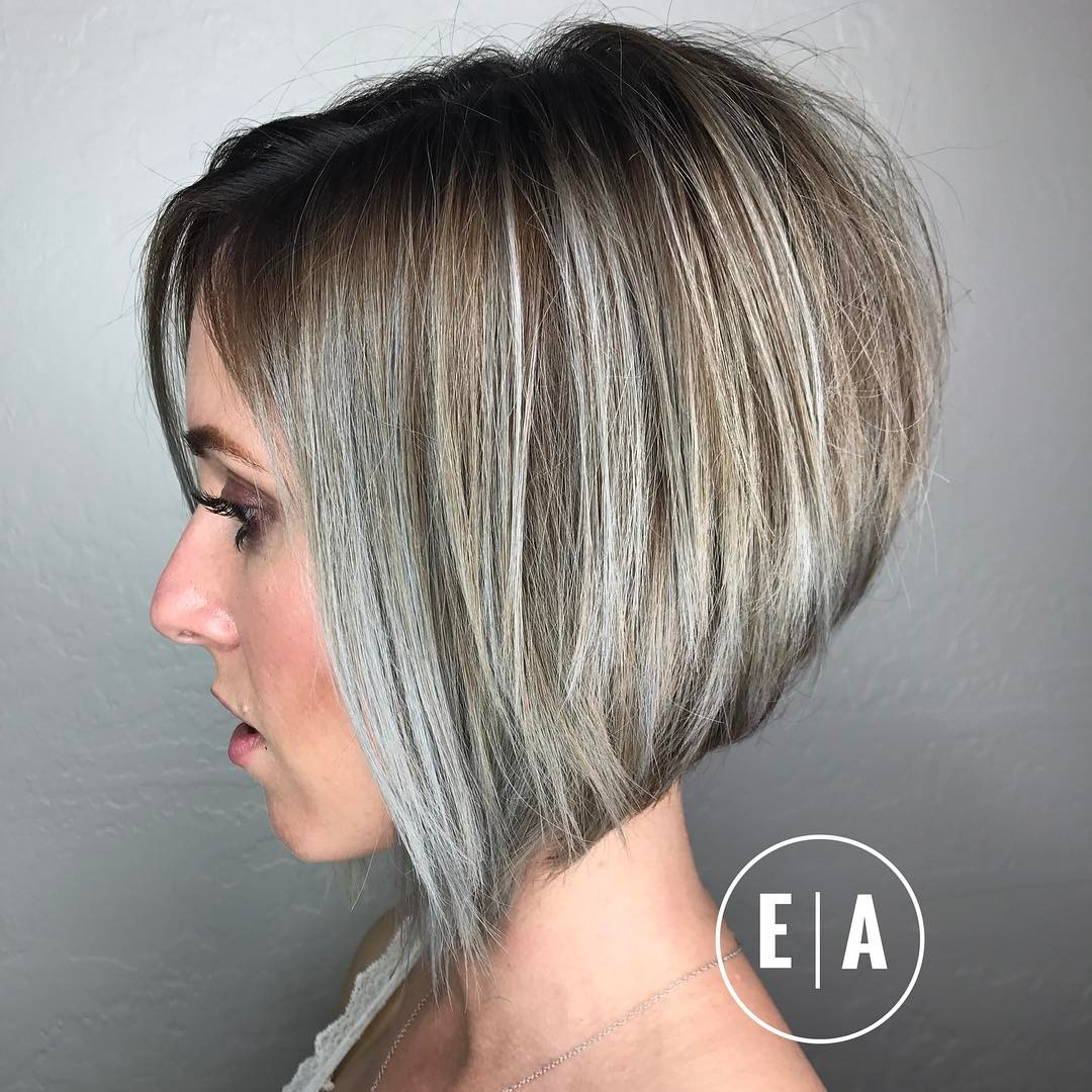 Amazing short hairstyles for thick hair in ash-blonde