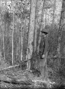 ot Tom Anderson. Rather, it's a woodcutter at Bowden, Alberta, early 1900s (PAA Photo H592).