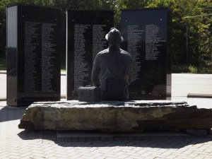 Elliot Lake Monument