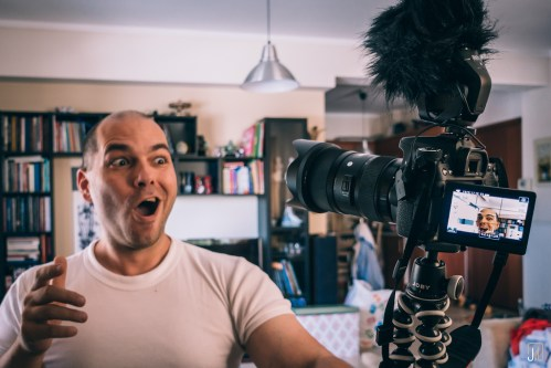 What Makes A Good Vlog Or Podcast? -- Professional Vlogging, Podcasting (Create Popular Youtube Channel, Great Podcast)