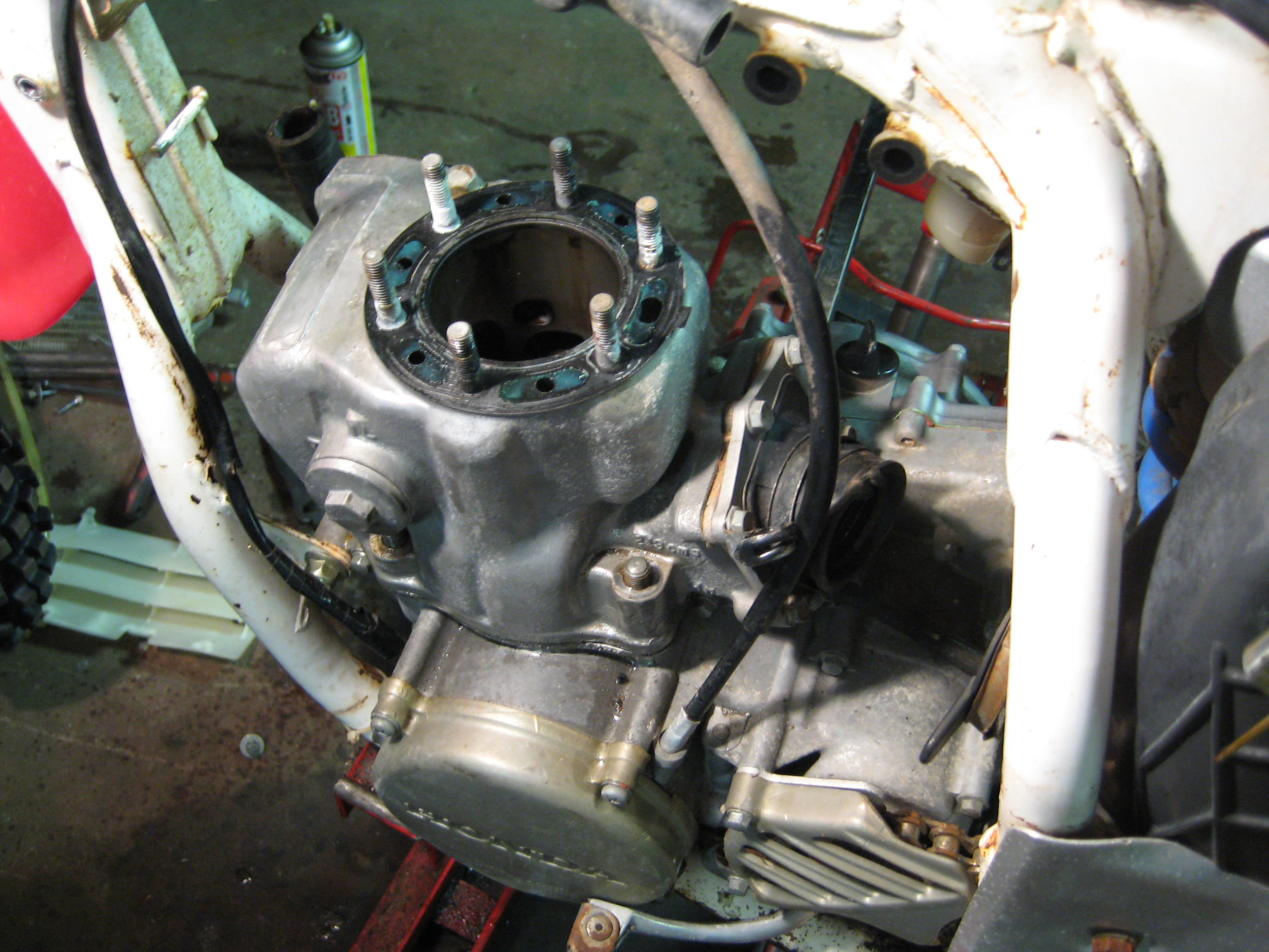 Removing the Cylinder