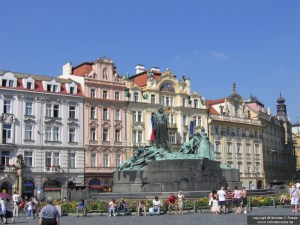 Staromestske nam., Jan Hus monument, Prague, Czech Republic