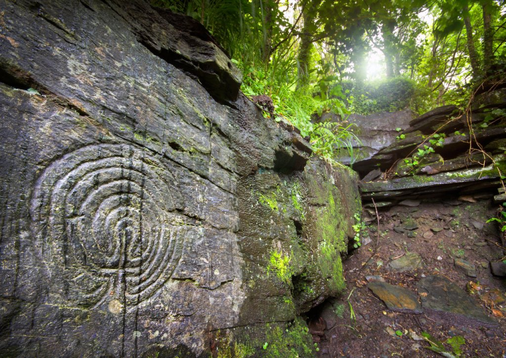 Cornwall carvings | From the blog of Nicholas C. Rossis, author of science fiction, the Pearseus epic fantasy series and children's book