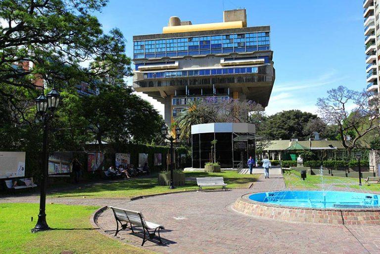 La Biblioteca Nazionale di Buenos Aires