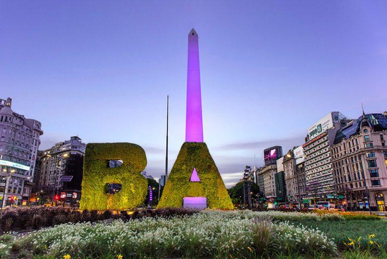 Alba sull'Obelisco di Buenos Aires