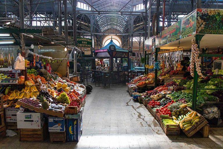 Interni del mercato coperto di San Telmo