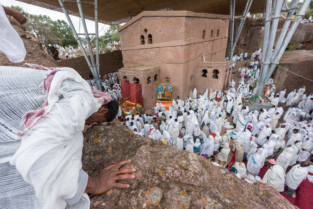 pray in lalibela