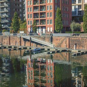 Leben am Fluss. #frankfurt #westhafen