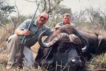 The day fee or all-inclusive hunting package should include the services in the list below.