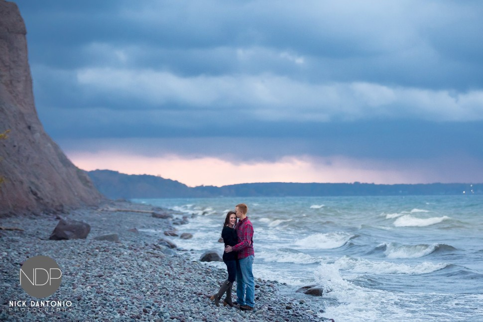 10-McIntyre Bluffs Engagement Photos