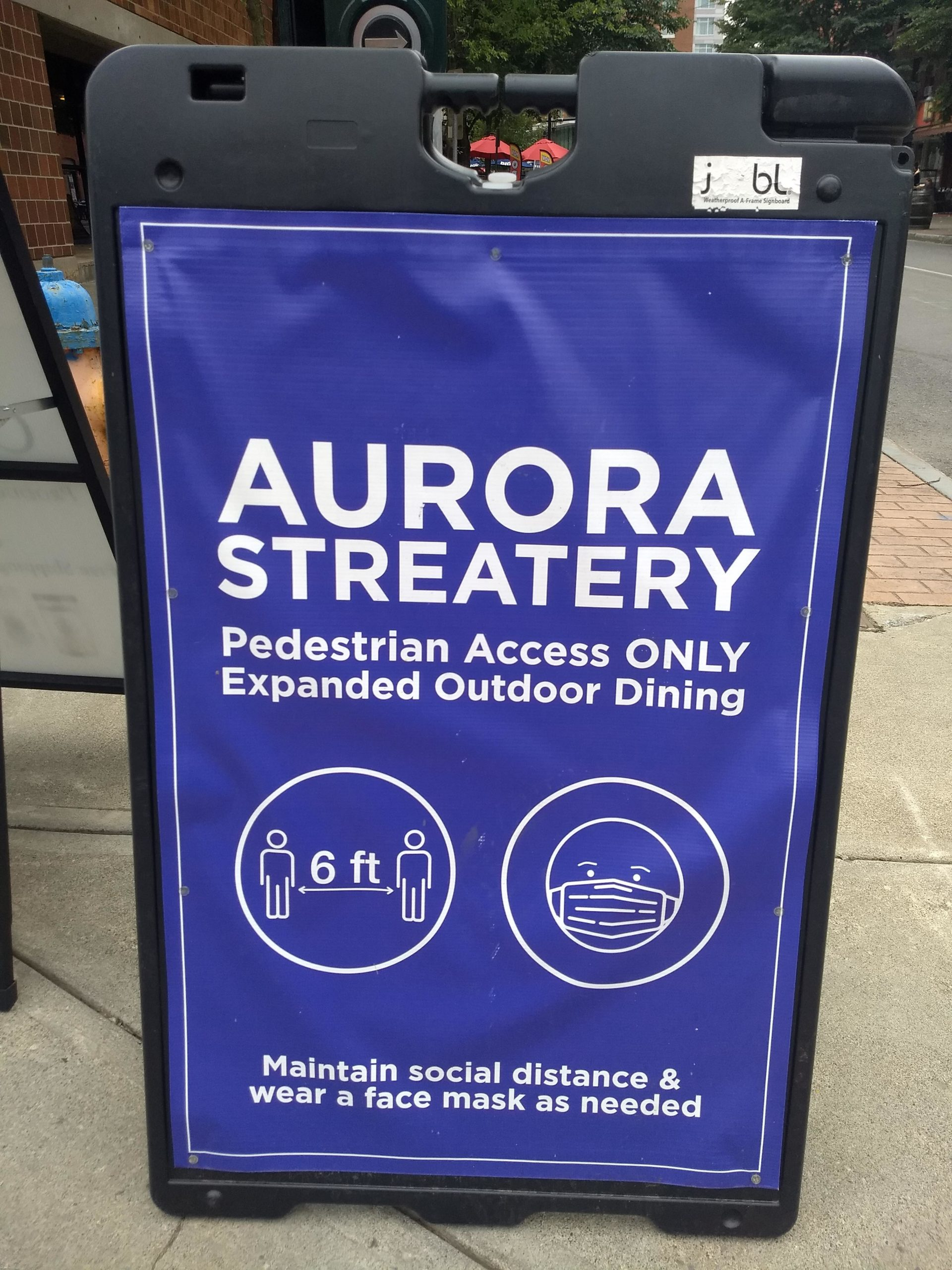 Sign for Aurora Streatery