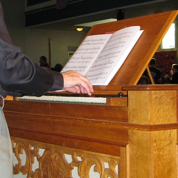 Nick Houghton organ continuo player