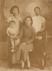 E.'s family 001