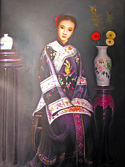 qipao, times past, sm., image by Dennis Jarvis, wikimedia commons