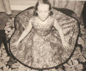seamstress, circle skirt 001
