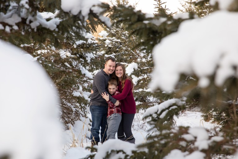 Beautiful outdoor winter family photo session by MN Family Photographer Nicki Joachim Photography of Owatonna, Minnesota