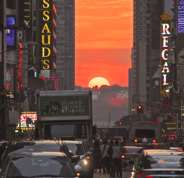 Times Square - Top New York, NY Hotels With Great Amenities
