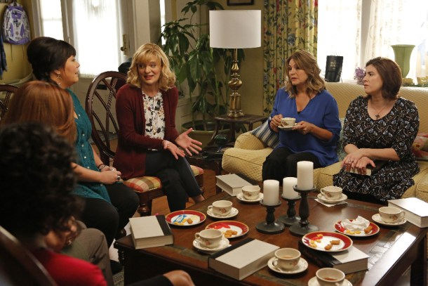 """THE REAL O'NEALS - """"The Real Book Club"""" - Eileen faces her book club for the first time after her family's """"outing,"""" but things take a surprising turn when instead of shunning her the ladies begin opening up - way too much - about their own problems. Kenny's first trip to the """"gayborhood"""" coffee shop is everything he'd hoped for, until Pat tags along with him to a gay dodge ball match, on """"The Real O'Neals,"""" TUESDAY, APRIL 19 (8:30-9:00 p.m. EDT), on the ABC Television Network. (ABC/Vivian Zink) MARY HOLLIS INBODEN, MARTHA PLIMPTON, ANITA BARONE, MELANIE PAXSON"""