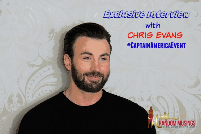 Getting Chatty with Chris Evans #CaptainAmericaEvent #TeamIronMan