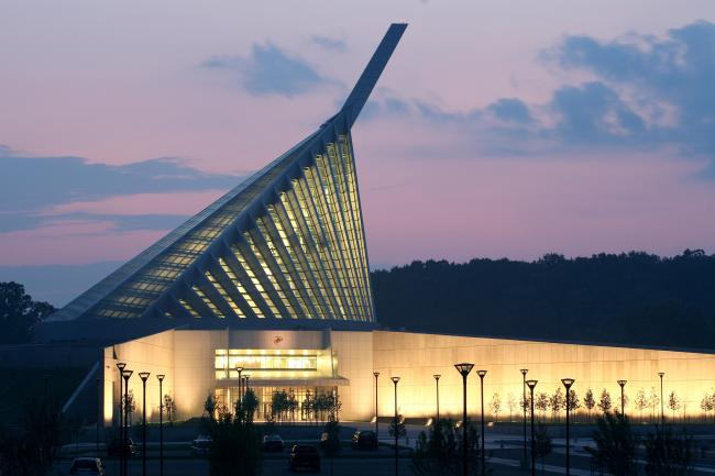 Five Reasons to Spend the Day at the National Museum of the Marine Corps