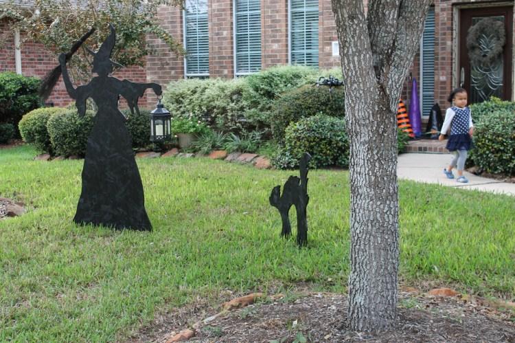 yard witch