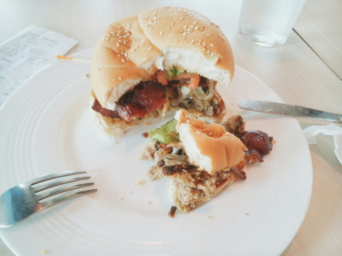 Crave Ultimate Burger Plate - BF Resort Las Pinas