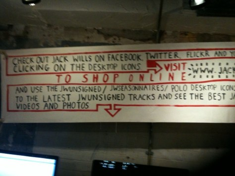 Jack_wills_facebook_twitter_et