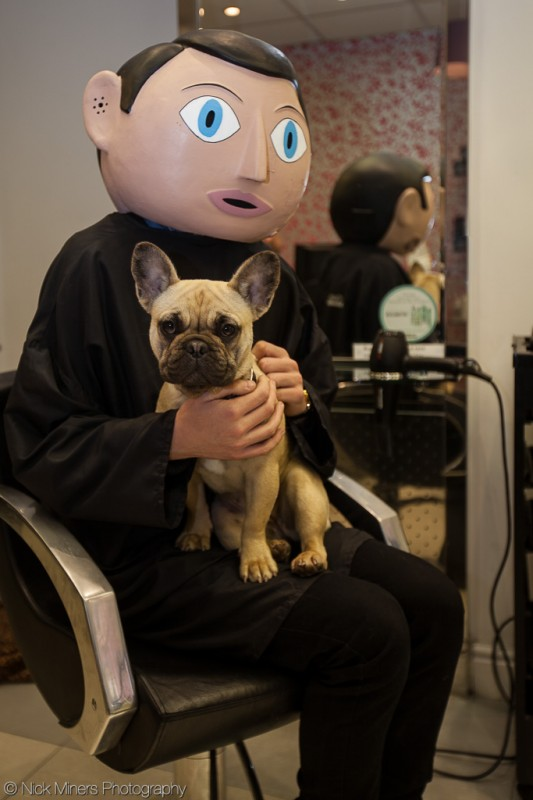 Frank meets a new friend in the barber shop