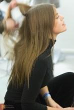 Ása has her hair prepared