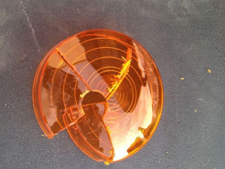 Amber Reflector in Headlight