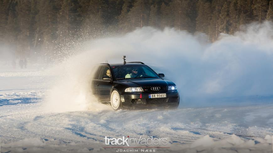 Rotiform B5 RS4 in the SNow
