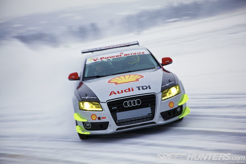 Audi A5 Snow Drift