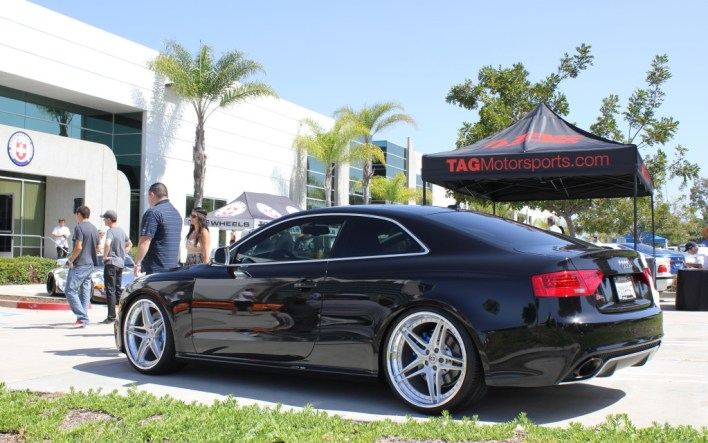 Black RS5 on HREs