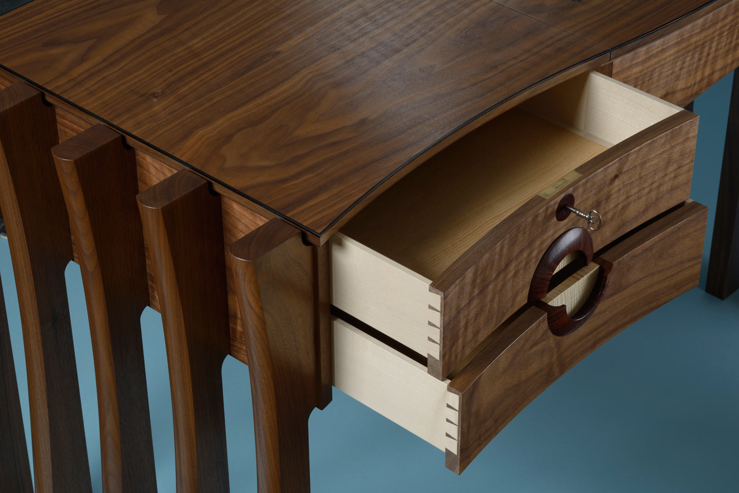 Annie's dressing table: drawers