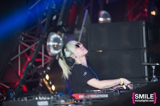 Mija (Amber Giles) performs at the Girls & Boys stage at Mysteryland 2015