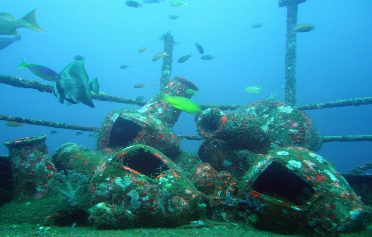 Amphorae on the bow of the Boga Wreck in Kubu