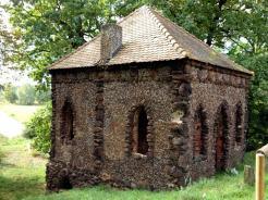 Image: Small Forest Hut in the Wörlitzer Gartenreich