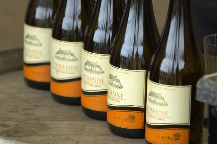 Domaine - Dry Oak White Wine, La Mare Wine Estate