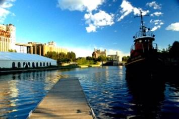 Vieux port de Montreal, remorqueur